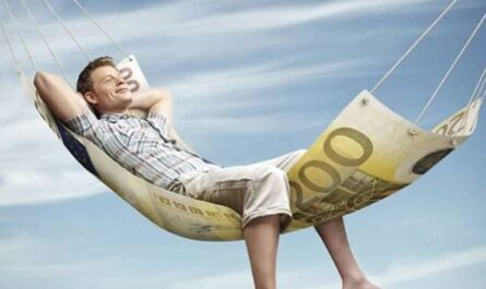 как стать богатым без особых усилий, стать богатым, занятие любимыми делами, бедное окружение, удачные решения