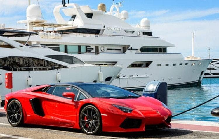 Машина, яхты